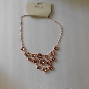 Monet Trend Tabi Necklace